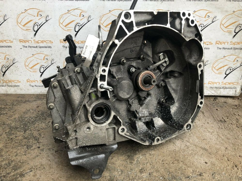 *2016 RENAULT CAPTUR TCE90 5 SPEED MANUAL GEARBOX JR5 062 INC WARRANTY